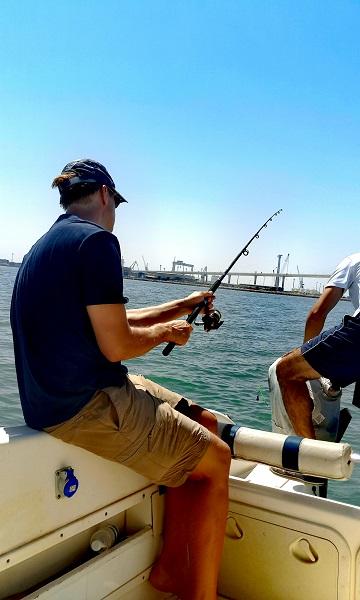 Excursiones de Pesca en Barco por la Bahía de Cádiz Imagen